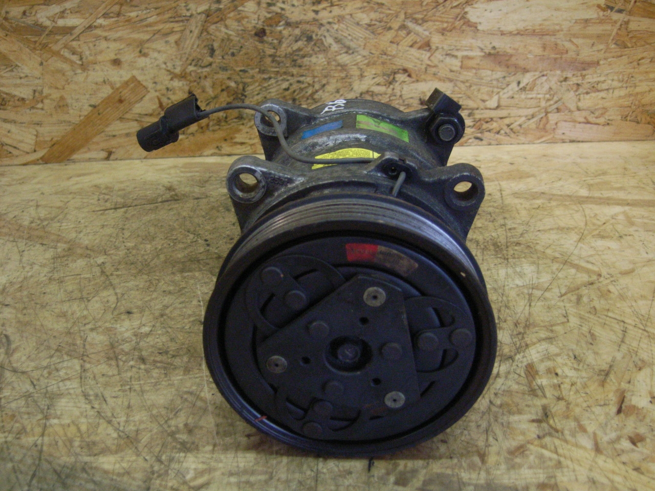 air compressor 423759 volvo v40 break vw 30612618