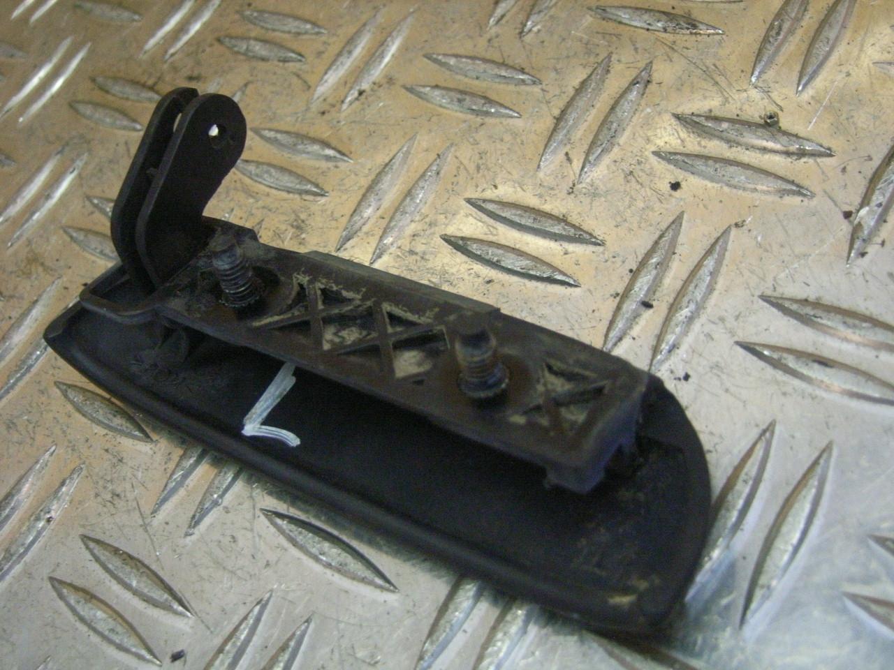 439096   Door Handle Left  Nissan Micra  K11